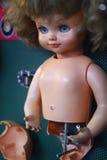 сломленная кукла Стоковая Фотография RF