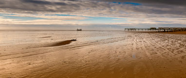 сломленная пристань Стоковая Фотография