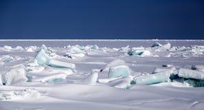 Сломленная синь айсберга Стоковые Фото