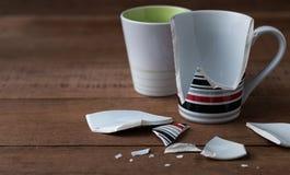 сломленная чашка Стоковое Изображение RF