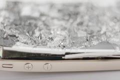 Сломленное мобильное устройство стоковое изображение rf
