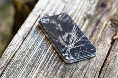 Сломленное стекло умного телефона Стоковое Изображение