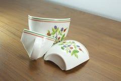 Сломленные чашки Стоковое Фото