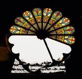 Сломленный витраж - покинутая церковь стоковое фото rf