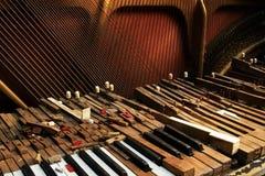 сломленный старый рояль Стоковое Изображение RF