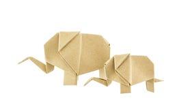 Слон Origami и слон младенца рециркулируют бумагу Стоковые Фото