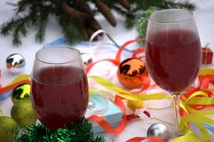 С Рождеством Христовым и счастливая комната праздников a красивая живущая украшенная для рождества Стоковая Фотография RF