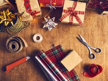 С Рождеством Христовым и счастливые праздники! Подготовка рождества, sciss стоковые фотографии rf