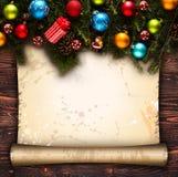 С Рождеством Христовым рамка с реальной деревянной зеленой сосной, красочными безделушками, boxe подарка и другим сезонным вещест Стоковое фото RF
