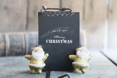 С Рождеством Христовым текст и santa, винтажный стиль, концепция для приглашения или поздравительная открытка Стоковое Фото
