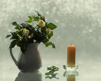С розами и свечами Стоковые Изображения