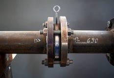 Служить фланцем соединение на трубе Стоковые Фотографии RF