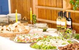 таблица вкусной еды шведского стола здоровая Стоковое Фото