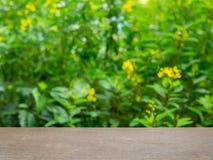 таблица деревянная стоковое фото rf