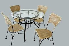 таблица изолированная стулами Стоковое фото RF