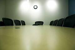 таблица комнаты pda компьтер-книжки конференции Стоковая Фотография RF