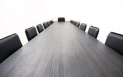 таблица конференции стоковые фото