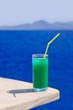 таблица мрамора коктеила пляжа Стоковые Изображения