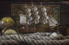 Таблица пирата Поиск сокровищ Разбойничество моря, концепция перемещения стоковые изображения rf