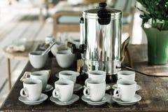 Таблица послеполуденного чая в гостинице стоковое фото