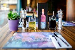 Таблица ресторана, расположение стоковая фотография rf