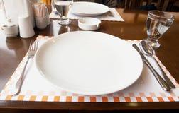 таблица ресторана Стоковые Изображения RF