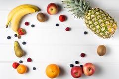 таблица свежих фруктов Стоковое фото RF