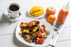 таблица свежих фруктов Стоковые Фото