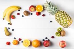 таблица свежих фруктов Стоковое Фото
