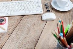 Таблица стола офиса деревянная рабочего места дела и дело возражают Стоковое Изображение