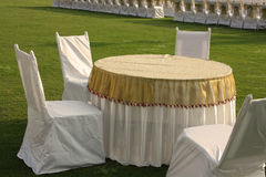 таблица стулов обедая Стоковое Изображение RF