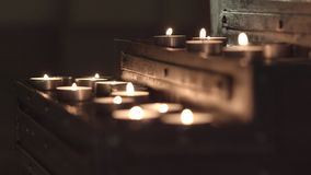 Таблица церков для свечей сток-видео
