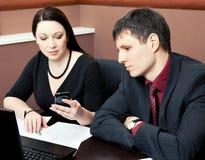 таблица 2 офиса бизнесменов Стоковое Изображение RF