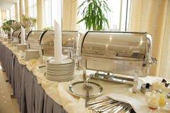 таблица marmites dishware глянцеватая стоковые фото