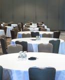 таблицы комнаты конференции пустые Стоковые Фото