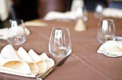 Таблицы на ресторане Стоковые Фотографии RF