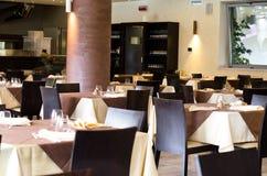 Таблицы на ресторане Стоковая Фотография