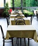 Таблицы на ресторане Стоковые Изображения