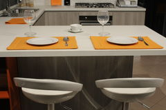 Таблица в кухне Стоковая Фотография