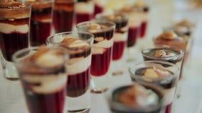 таблица еды рыб сыра шведского стола быстрая сток-видео