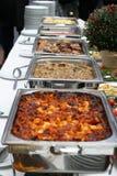 таблица еды украшения доставки с обслуживанием установленная Стоковое Изображение