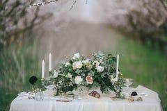 Таблица оформления свадьбы Стоковое фото RF