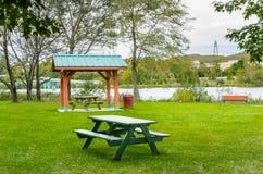 таблица пикника деревянная Стоковое Фото
