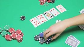 Таблица покера Техаса игры зеленая в казино акции видеоматериалы