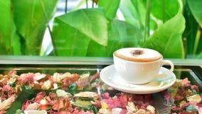 таблица стекла кофейной чашки Стоковая Фотография