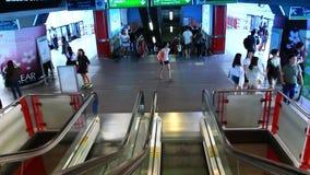 Таиланд, Бангкок, 1-ое августа 2014 Свет в конце тоннеля сток-видео