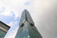 ТАЙВАНЬ, ТАЙБЭЙ - небоскреб 23-ье мая 2017 Тайбэя 101 Buildin Стоковое Изображение RF