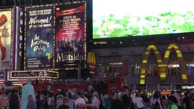 Таймс площадь новое Yorl на ноче сток-видео