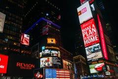 Таймс площадь ночи в Нью-Йорке, США Стоковые Фотографии RF