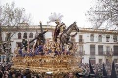 Тайна шага братства надежды Triana, пасхи в Севилье стоковое изображение